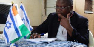 L'Évangile en Yacouba-Toura sur Radio Fréquence Vie 89.4 Fm